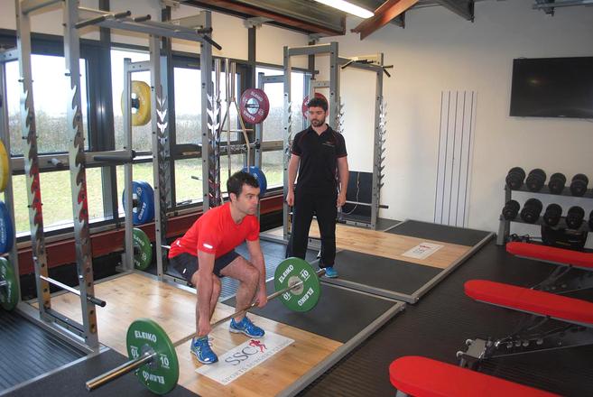 Back Pain Rehabilitation at Sports Surgery Clinic